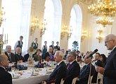 Oběd na počest kambodžského krále