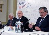 Závěrečná tisková konference po setkání tří prezidentů