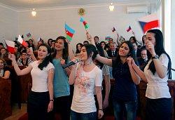 Píseň Michala Davida v podání Ázerbájdžánských studentek bohemistiky