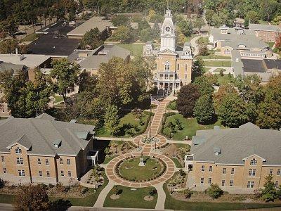 Takto vypadá Hillsdale College kampus