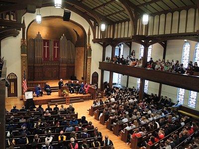 Shromáždění v luteránském kostele