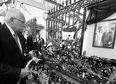 Uctění památky manželů Kaczyńských prezidentem republiky