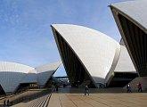 Známá budova opery v Sydney