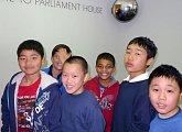 Děti na exkurzi v parlamentu