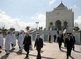 Uctění památky dvou posledních marockých králů Mohameda V. a Hassana II. v jejich mauzoleu je samozřejmou povinností každé hlavy státu byť i v rámci neoficiální návštěvy