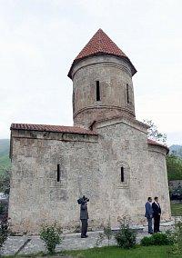 Kostel z 1. století n.l. v obci Kiš
